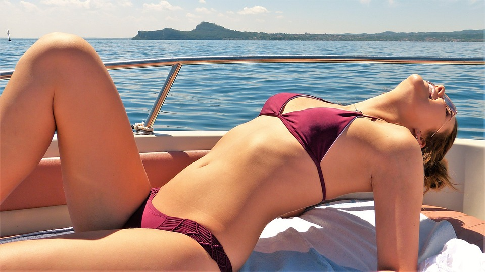 Le soleil et les produits pour la peau, des causes réelles pour l'épiderme